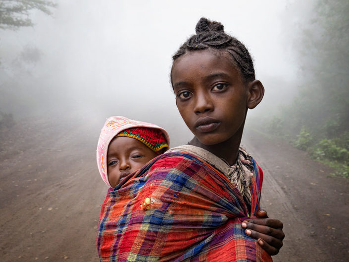 "FIAP Honourable Mention - Giulio Montini ""Etiopia 20"" (Italy)"